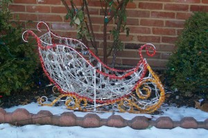Magical Expandable Sleigh -- lighted edition
